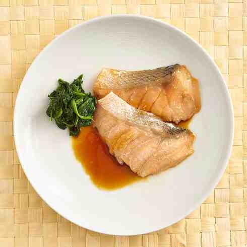 Miso Marinated Salmon/ 味噌漬け鮭の焦がし醤油焼き